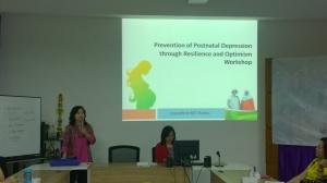 Acara dibuka oleh Ketua IPK Jatim - Dra. Astrid Wiratna, Psikolog